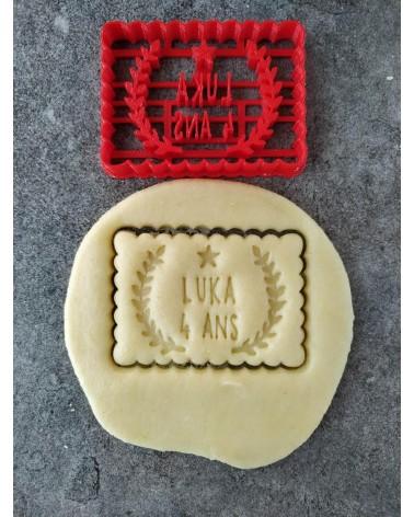 Biscuit sablé petit beurre avec lauriers personnalisé avec un prénom et une date