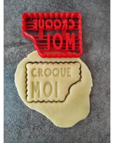 """Biscuit sablé petit beurre avec le texte """"CROQUE MOI"""""""