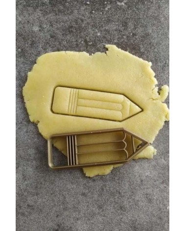 Biscuit sablé en forme de crayon de papier