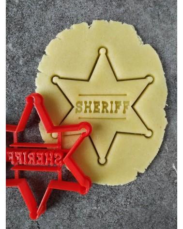 Biscuit sablé en forme d'étoile de shériff personnalisé avec un prénom